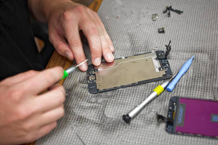 Digital 'right-to-repair' law may – that's may – come to New Hampshire