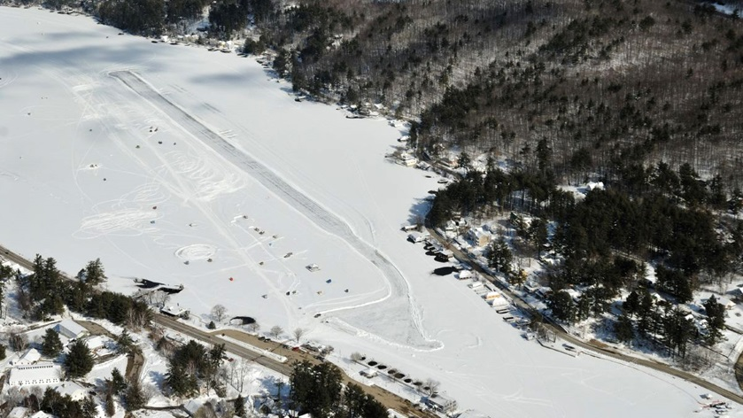 Unique ice runway won't open for pilots this overly warm winter